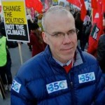 Bill McKibben, co-founder of 350.org, marches against climate change with tens of thousands in Copenhagen last Saturday. (J.Carl Ganter/Circle of Blue)