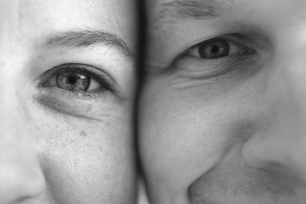 black and white engagement photo luke evans katie Kski aubrey ann parker photography