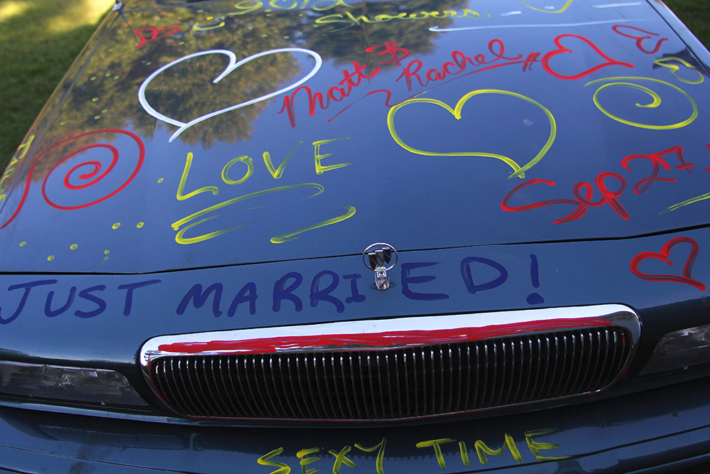 just married car photo Northern Michigan wedding Aubrey Ann Parker photography Leelanau County wedding barn wedding