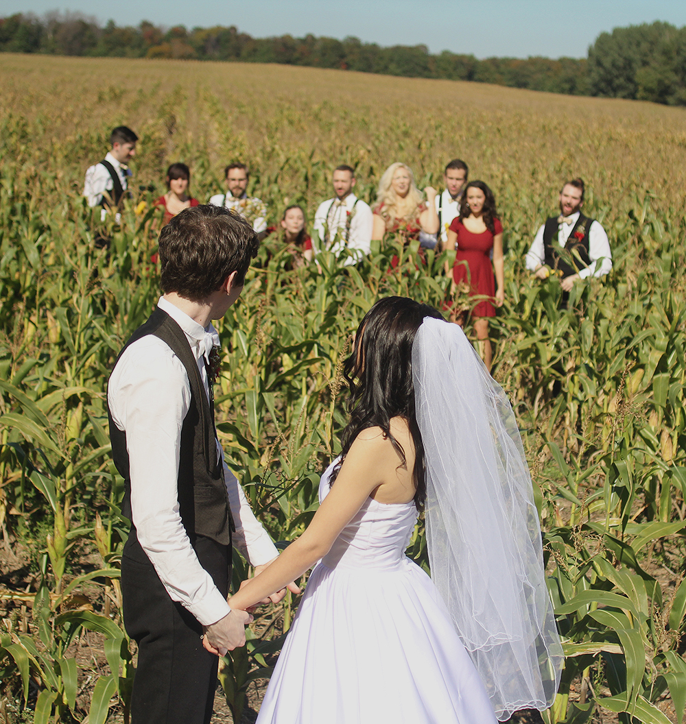 Matt Esckelson Rachel Esckelson cornfield bridal party corn field bridal party cornfield wedding Aubrey Ann parker photography bridal party photo Northern Michigan wedding Leelanau County wedding photographer