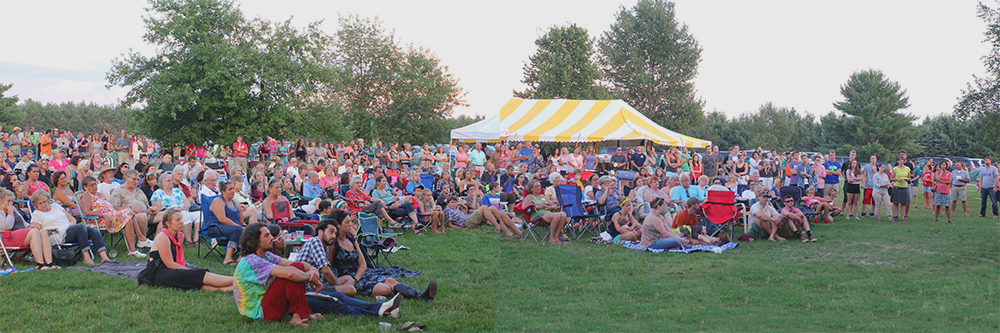 crowd outdoor concert lawn chair barn concert community summer event St. Ambrose Cellars Isaac Julian. Legacy Foundation Benefit Concert Benzie County Frankfort-Elberta High School fundraiser fundraising fundraise teen suicide prevention