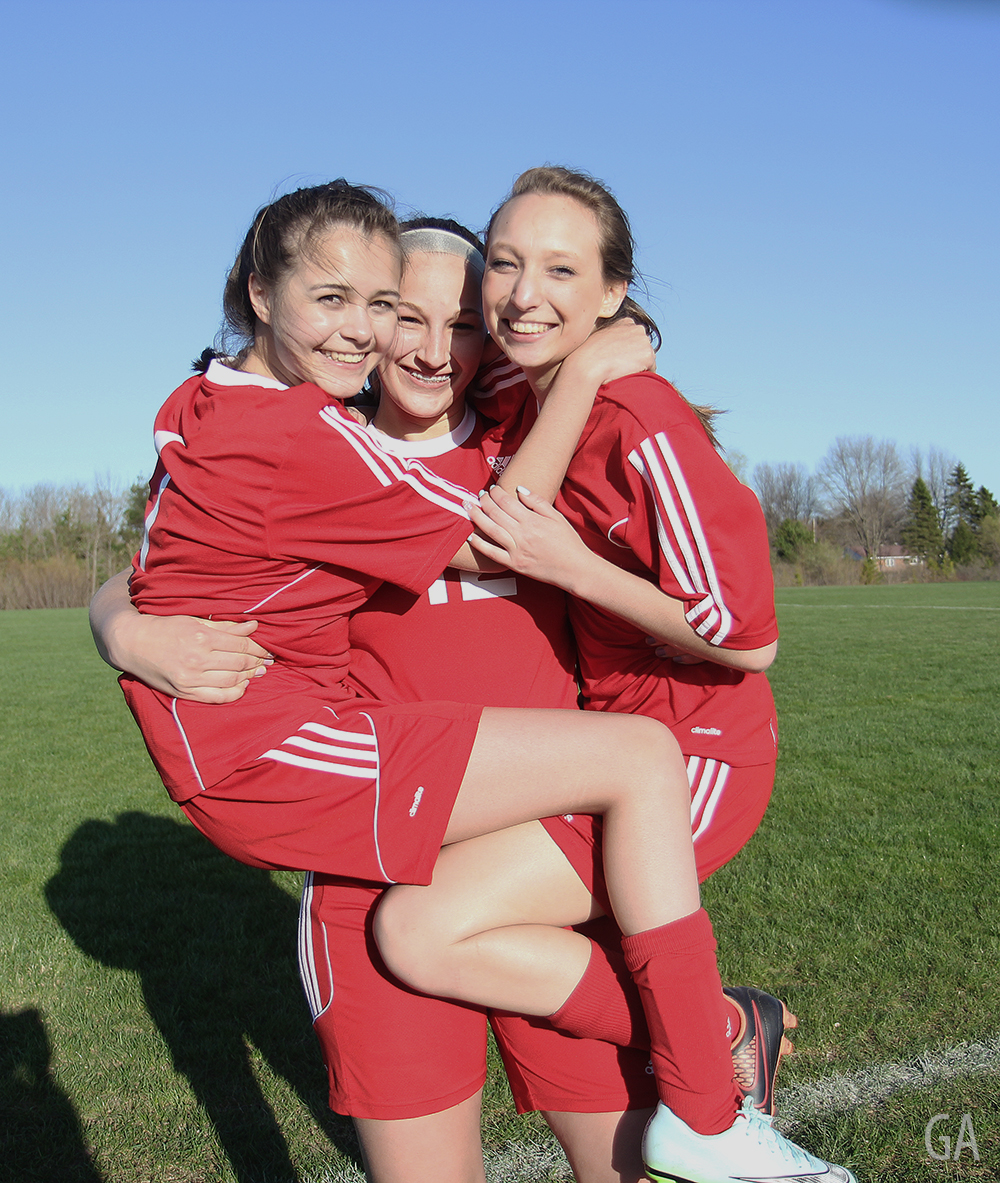 Ayla Breuker Jenna Saier Sarah Middleton Benzie girls soccer Benzie Central girls varsity soccer Benzie Central Huskies