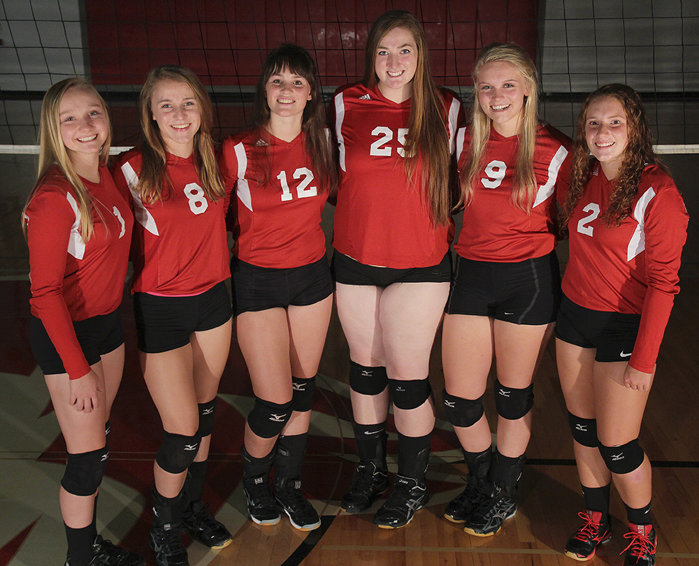 Lindsay Smith Olivia Chiumino Lauren Church Manon Lutzke Madi Kunkel Leah Stapleton BCHS senior 2017 Benzie Central volleyball Benzie Central varsity volleyball Benzie Central huskiess