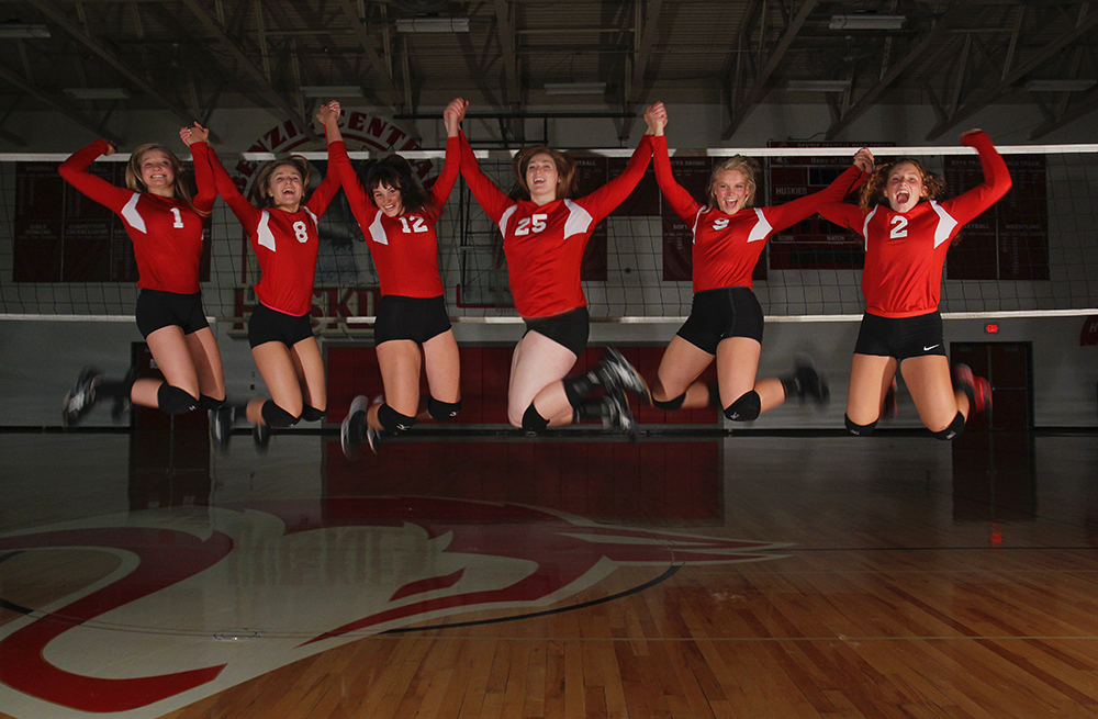 Benzie Central High School Benzie volleyball Lindsay Smith Olivia Chiumino Lauren Church Manon Lutzke Madi Kunkel Leah Stapleton BCHS senior 2017 Benzie Central volleyball Benzie Central varsity volleyball Benzie Central huskies