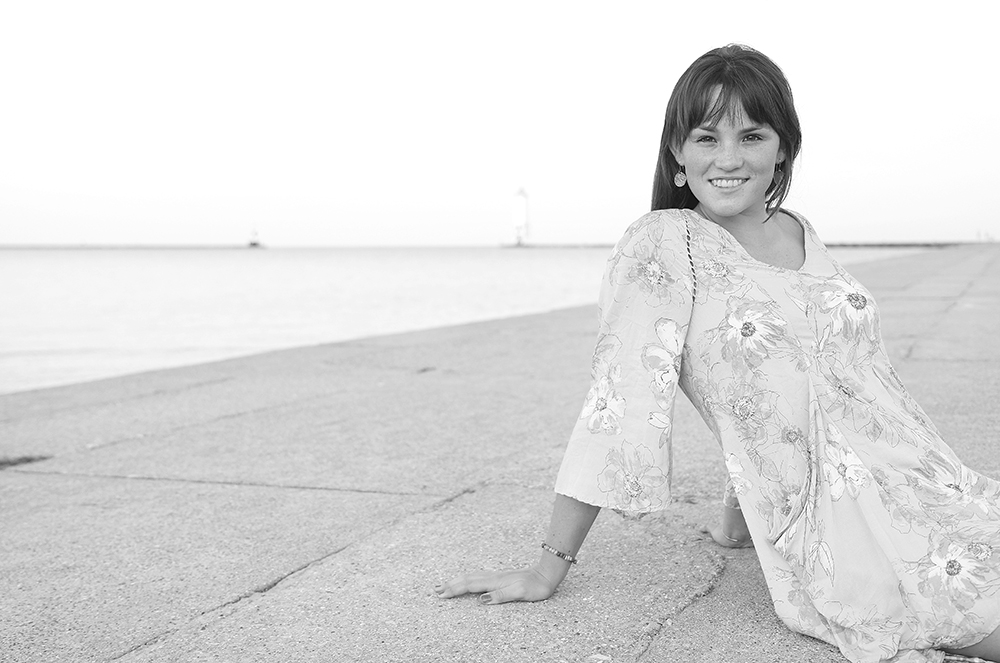 black and white senior portrait Lauren Church Frankfort pier Lake michigan senior photo