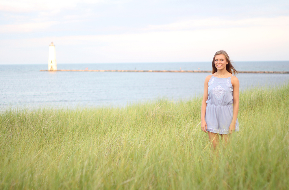 Jillian Graham Frankfort beach dunegrass senior photo session aubrey ann parker photography Lake Michigan beach