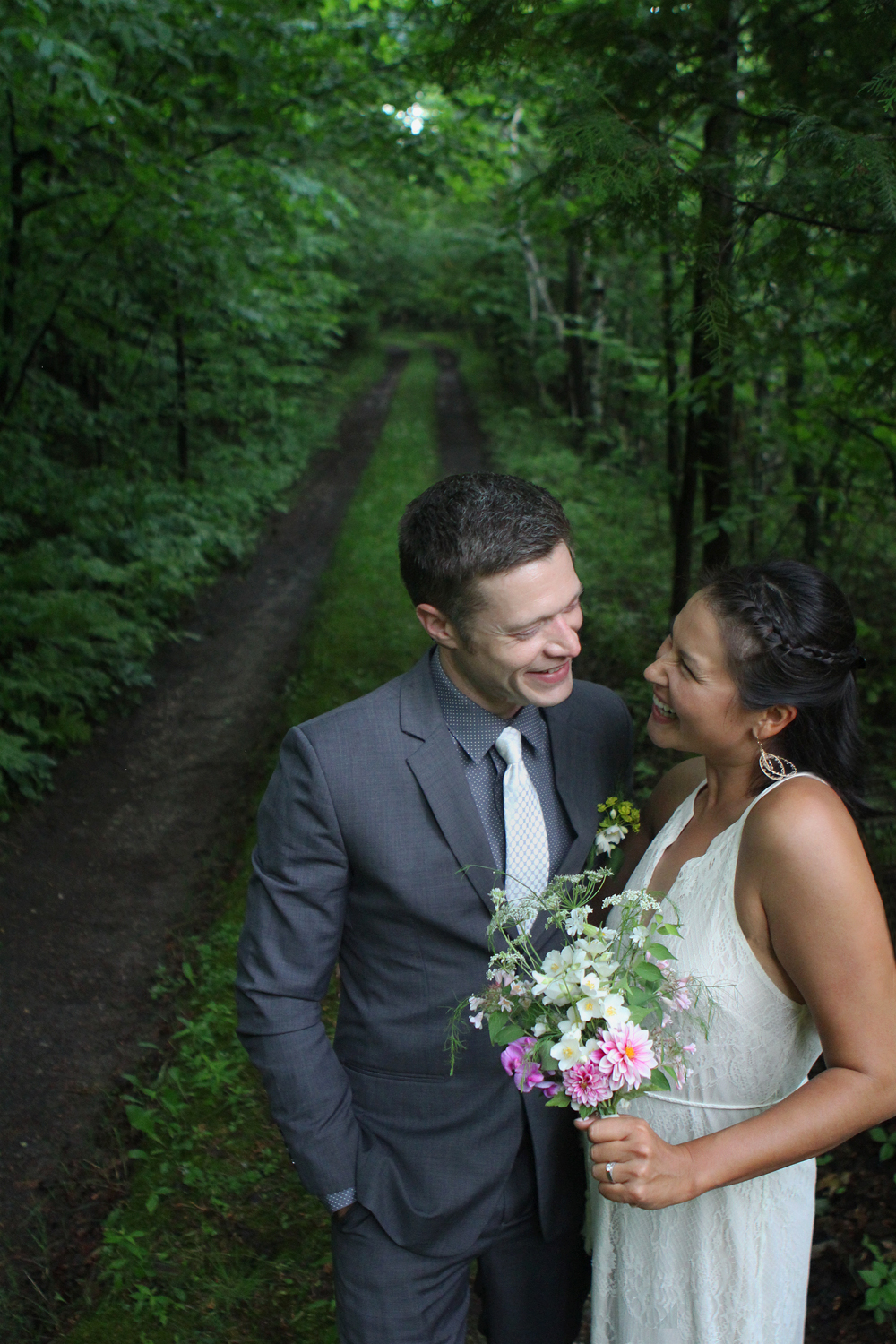 Janna Kostus Chris Urbasic Northern Michigan wedding photographer Aubrey Ann Parker photography Benzie County wedding elopement photo Crystal Lake